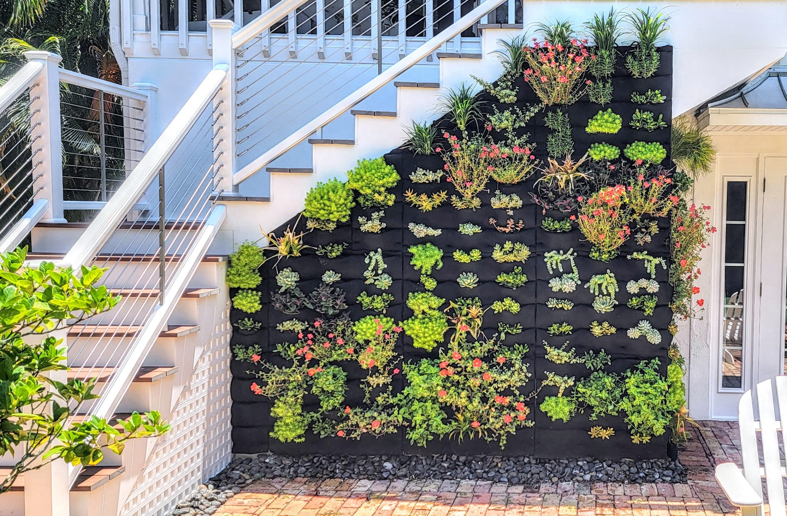 Florafelt Pockets Living Wall by Gregg Pulisciano of The Geek Garden.